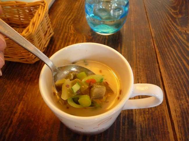 ビーガンカフェ ひるねこ スープ